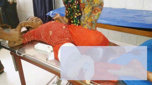 পা হারাতে বসেছে গাংনীর কিশোরী শাকিলা, কুষ্টিয়া মেডিকেলে রেফার্ড