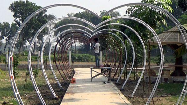 ঝিনাইদহের  বিনোদন কেন্দ্রগুলো সাজানো হচ্ছে নতুন সাজে