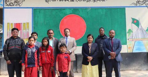 তালবাড়িয়া কালিদাসপুর সরকারি প্রাথমিক বিদ্যালয় পরিদর্শন করেন
