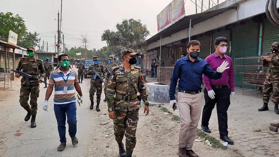কুষ্টিয়াতে সেনাবাহিনীর টহল: বিদেশ ফেরৎ ৪৭০ ব্যক্তি হোম কোয়ারেন্টিনে: না মানলে কঠোর ব্যবস্থা